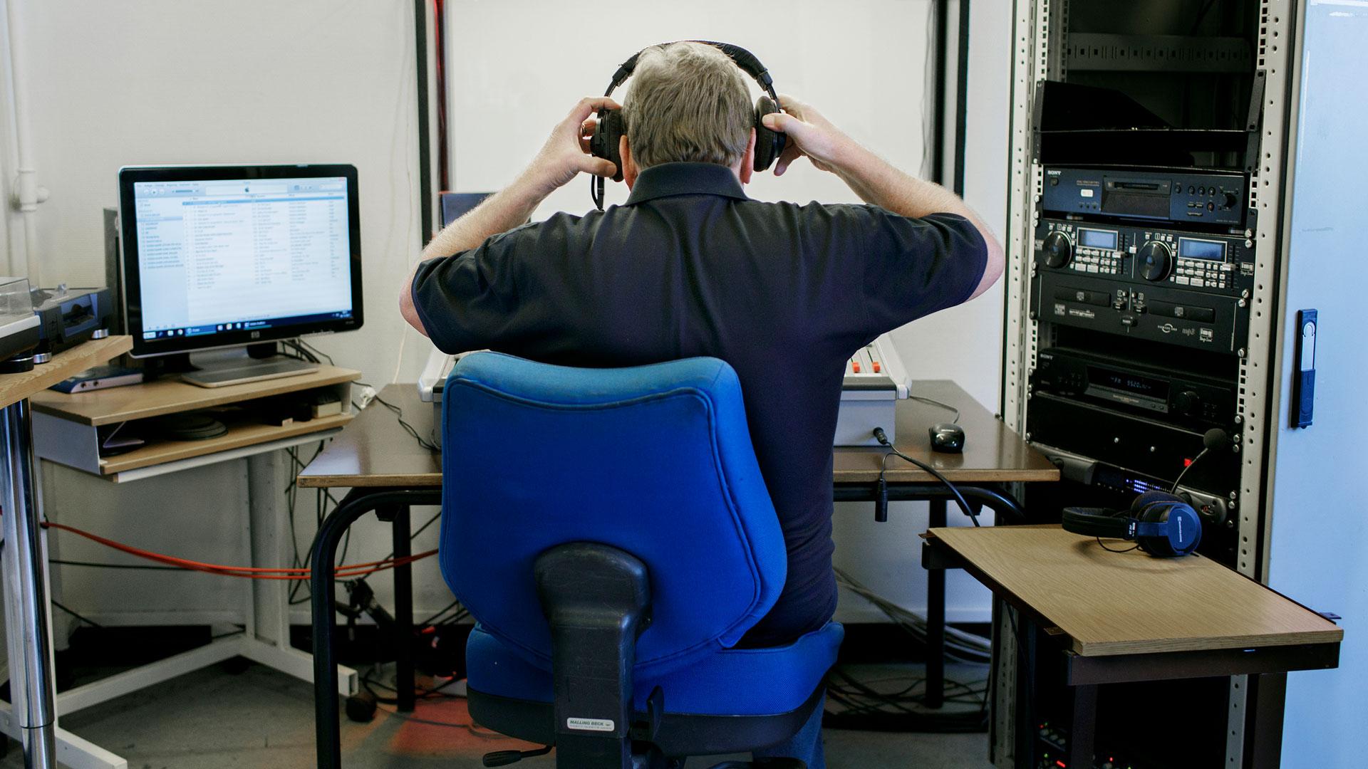 Jan Nørregren er daglig leder og vært på Hvidovre Nærradio. Foto: Martin Fält Hansen